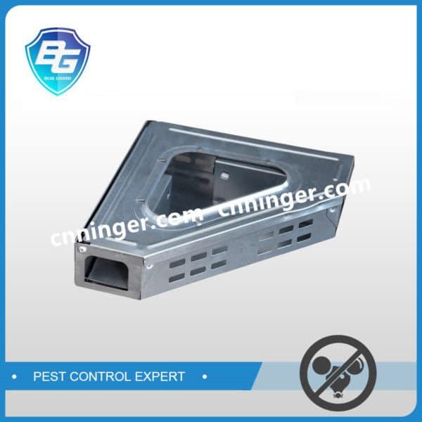 corner mouse trap